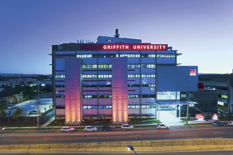 Griffith university gold coast broadwater accommodation - Griffith university gold coast swimming pool ...