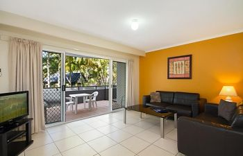 Broadwater-Apartments-Labrador-15