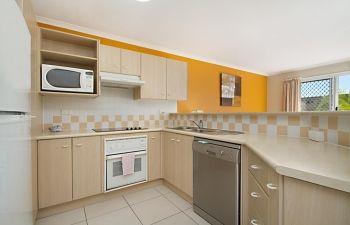 Broadwater-Apartments-Labrador-8