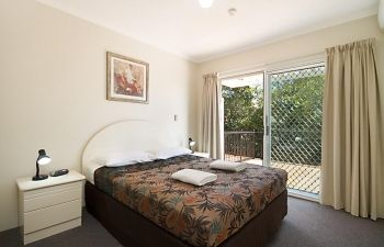 Broadwater-Apartments-Labrador-13