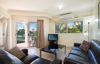 Broadwater-Apartments-Labrador-17