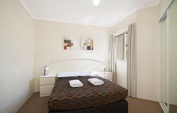 Broadwater-Apartments-Labrador-19