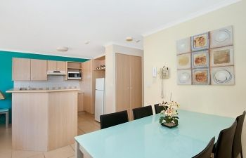 Broadwater-Apartments-Labrador-27