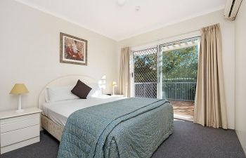 Broadwater-Apartments-Labrador-36
