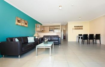 Broadwater-Apartments-Labrador-40