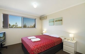 Broadwater-Apartments-Labrador-5