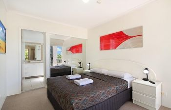 Broadwater-Apartments-Labrador-52