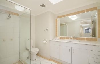 Broadwater-Apartments-Labrador-6